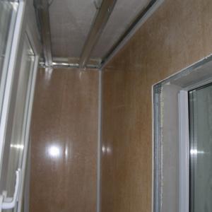 Внутренняя  обшивка  балкона.Вариант 1