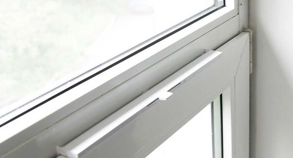 Окна Рехау. Вентиляционные клапаны для пластиковых окон в Днепре