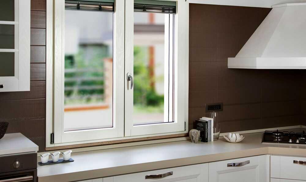 Как правильно выбрать пластиковые окна для остекления кухни