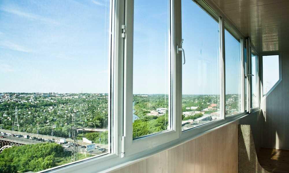 Остекление балконов и лоджий в Днепре. Доставка бесплатно.