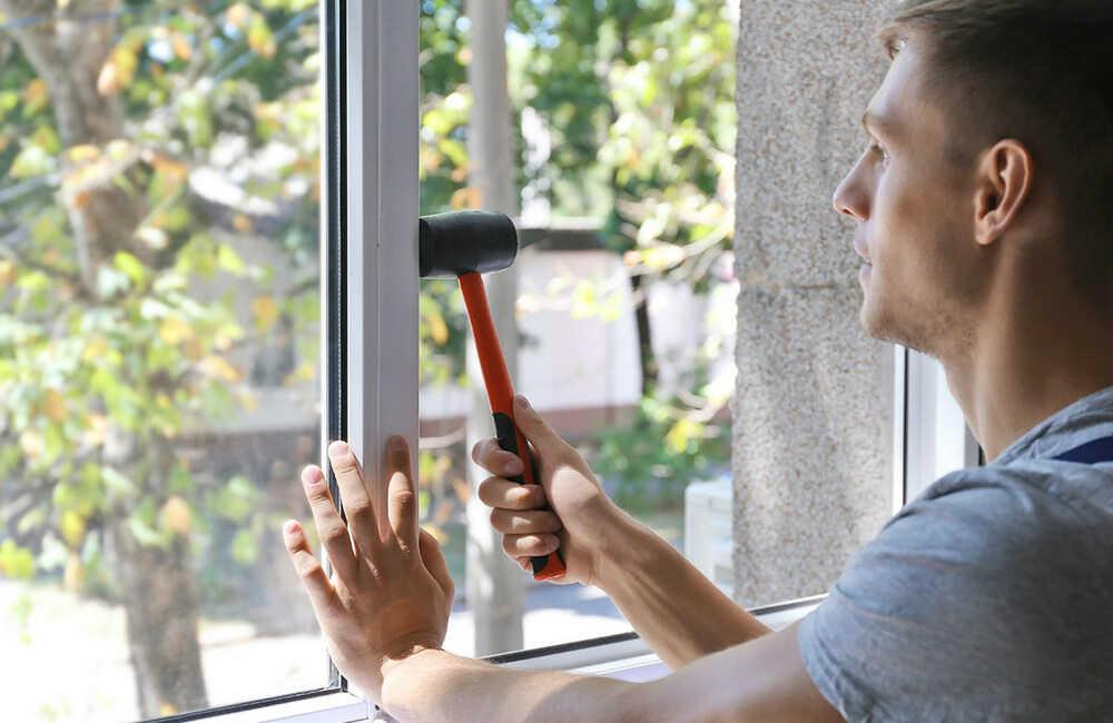 Как испытывают пластиковые окна марки Rehau